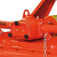 Predisposizione per PTO 1000 rpm (2 velocità: 215 - 265 giri rotore/min)